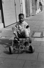 789_boy_with_a_go-kart_median_rd